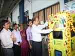 प्लास्टिक की खाली बोतल के बदले रेलवे देगी 5 रुपये, बनाएगी टी-शर्ट