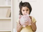 Daughters Day : बेटी को दीजिए स्पेशल गिफ्ट, जानिए इन 12 योजनाओं के बारे में