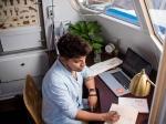 Work From Home अब पड़ेगा भारी, कंपनियां वेतन कटौती की तैयारी में