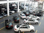 दिवाली से पहले कारों पर छूट, 4 लाख रु से कम कीमत वाली गाड़ी पड़ेगी बहुत सस्ती