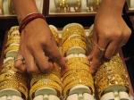 Gold Rate : 1000 रुपये सस्ता हुआ सोना, जानिए चांदी कितना सस्ती हुई