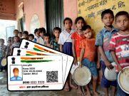 आधार नहीं होने पर राशन देने से नहीं कर सकते मना: UIDAI