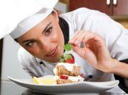 रेस्टोरेंट में खाना होगा सस्ता, घट सकती हैं GST की दरें