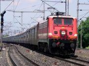 दीपावली पर घर जाने से पहले पढ़ लें रेलवे का ये नया नियम