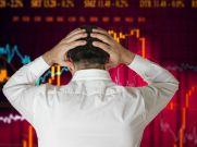 ट्रंप ने शुरु की ट्रेड वार, एशियाई बाजारों में तेज गिरावट