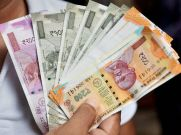 अमेरिकी डॉलर के मुकाबले आज 14 पैसे की तेजी के साथ खुला रुपया