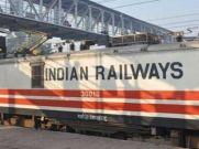 IRCTC: दिल्ली की ट्रेनों की 18 से 19 अगस्त बुकिंग बंद
