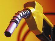 पेट्रोल-डीजल के कीमतों में गिरावट