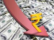 रुपए में गिरावट जारी, डॉलर के मुकाबले 35 पैसे कमजोर