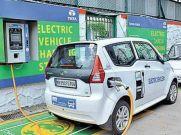 ई-व्हीकल चार्ज करना होगा आसान, टाटा लगा रही चार्जिंग स्टेशन