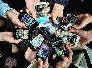 70 हजार रुपये का Smartphone खरीदें 25 हजार रु से भी कम में