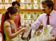 Gold Silver Rate : सोने हुआ धड़ाम, चांदी हुई 924 रुपये सस्ती