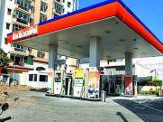 Petrol और Diesel के रेट और बढ़े : कई शहरों में 100 रु के पार