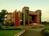 जानिए भारत के टॉप 10 बिजनेस स्कूल के बारे में