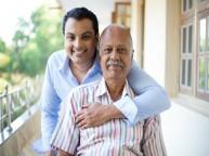 इस फादर्स डे अपने पिता को करें आर्थिक और शारीरिक रूप से मदद