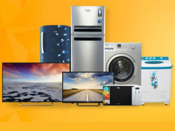 रुपए में आई गिरावट के चलते स्मार्टफोन, टीवी और फ्रिज के बढ़ेंगे दाम