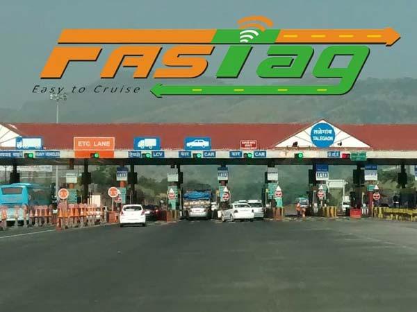 नितिन गडकरी: फास्टैग जल्द मिलेगा अब पेट्रोल पंप पर भी
