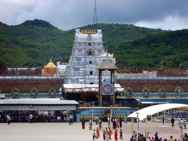 तिरुमाला मंदिर का बजट पेश, 3116 करोड़ की कमाई का अनुमान