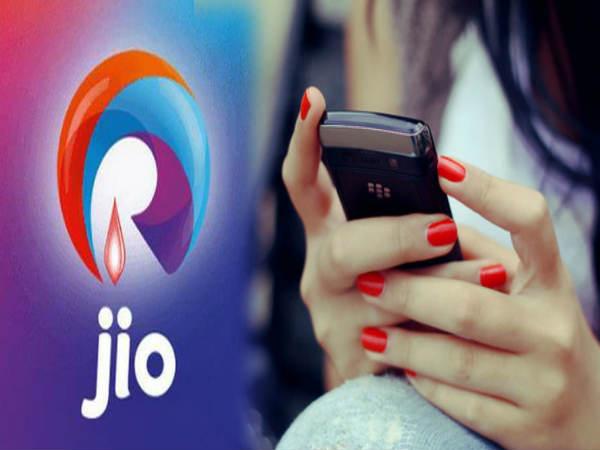सभी टेलीकॉम कंपनियों को पछाड़ कर JIO एक बार फिर आगे