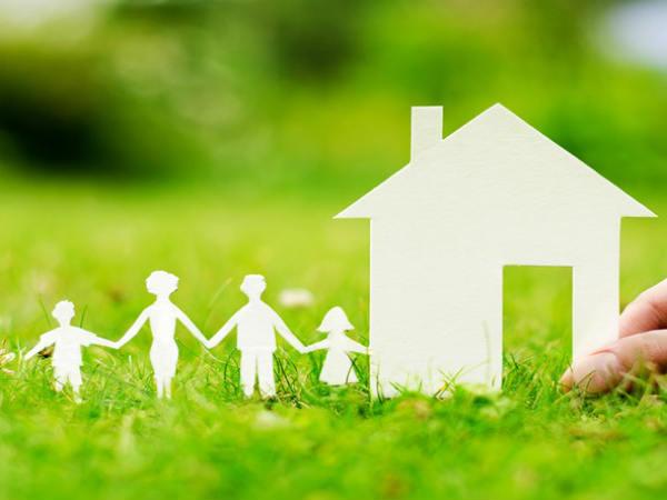 NRI हैं तो भारत में लें बीमा, मिलते हैं ये फायदे