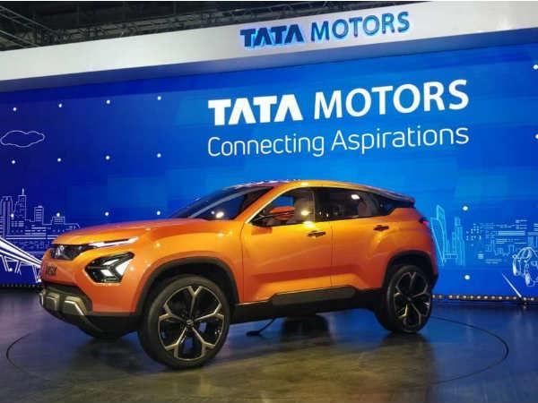 TATA Motors का शुद्ध लाभ चौथी तिमाही में 49 प्रतिशत घटा