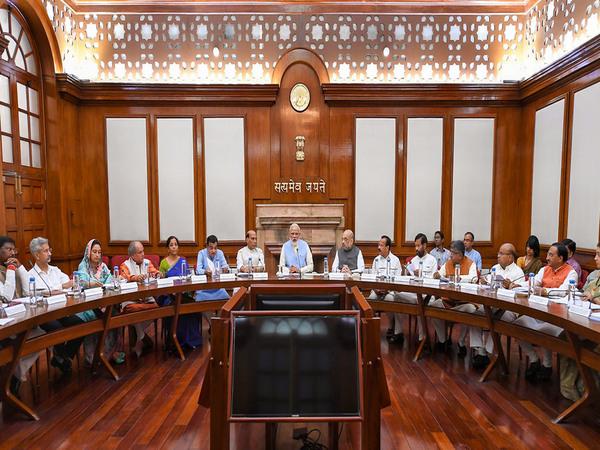 कैबिनेट के फैसले: रेलवे कर्मचारियों के लिए 78 दिनों के बोनस की हुई घोषणा