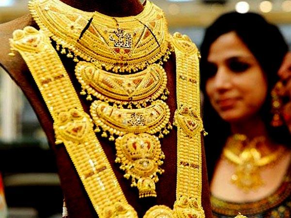 सोना की कीमत में आज फिर बड़ी गिरावट, जानिए आज का भाव