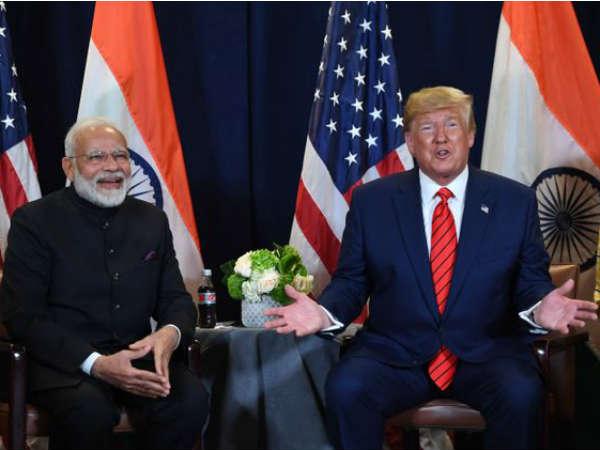 अमेरिकी राष्ट्रपति : भारत 3 अरब डॉलर से ज्यादा के सैन्य उपकरण खरीदेगा