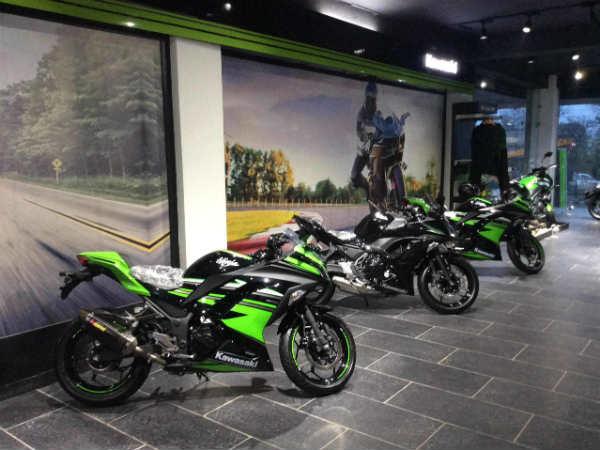 Kawasaki Bikes : यहां जानिये हर शानदार मॉडल की कीमत, शुरुआत ही लाखों में