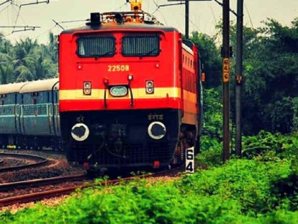 काशी की नगरी वाराणसी से इंदौर के बीच चलेगी तीसरी प्राइवेट ट्रेन, जानिये किराया