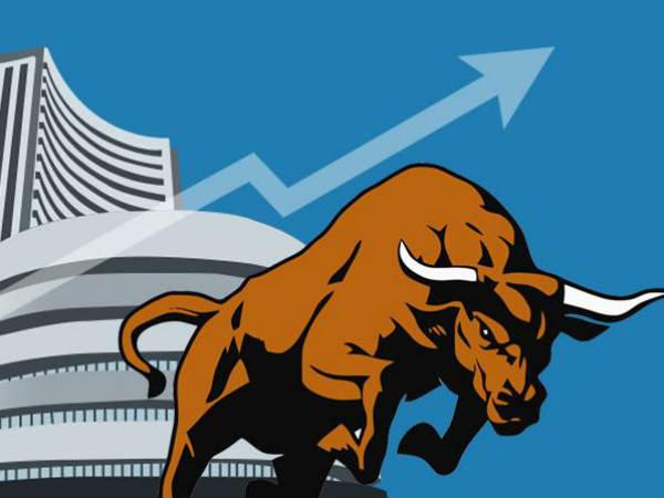 शेयर बाजार में वापस लौटी रौनक, सेंसेक्स 428 अंक उछला
