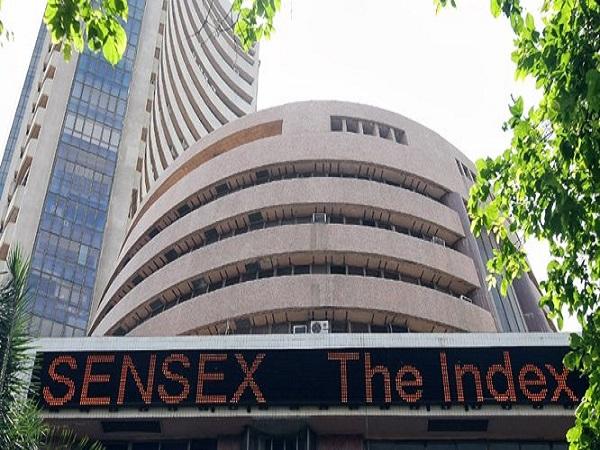 गिरावट के बाद आज हरे निशान में शेयर बाजार