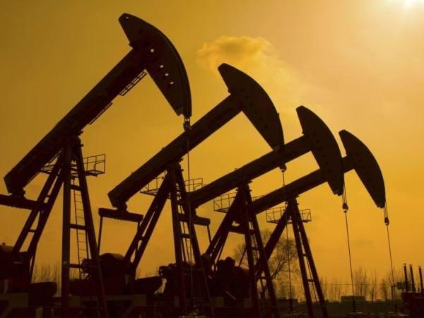 कोरोना के कहर से क्रूड ऑयल ध्वस्त, सस्ता हो सकता है पेट्रोल