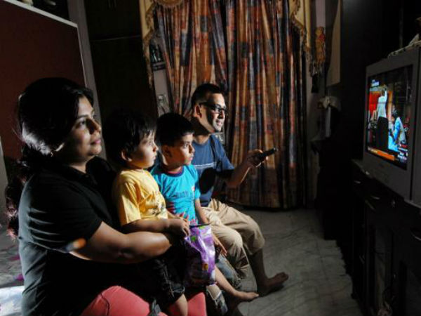 लॉकडाउन : जानिए Dish TV, Airtel और Tata Sky क्या-क्या दे रहे फ्री