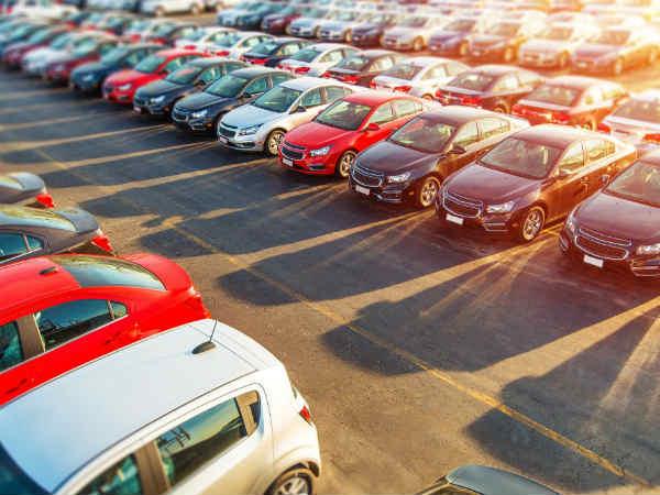 Renault की इन कारों पर मिल रहा 70,000 रु तक का ऑफर