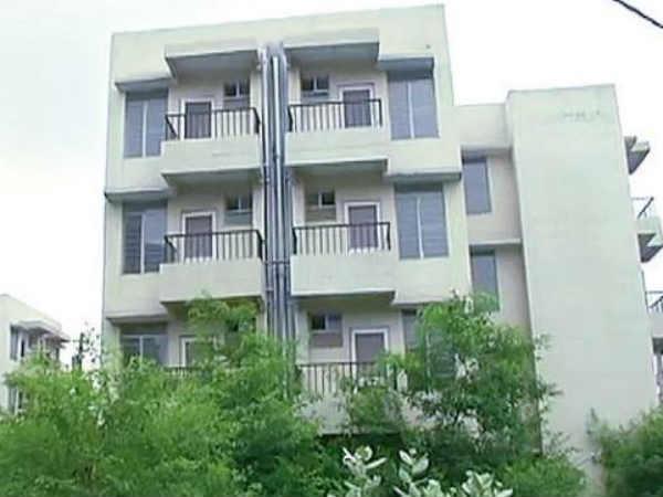 दिल्ली में घर खरीदना हुआ महंगा, इन लोगों पर लगेगा ज्यादा टैक्स