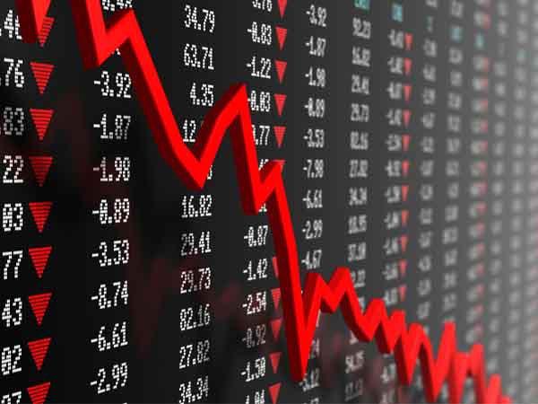 शेयर बाजार में भूचाल, सेंसेक्स 482 अंक लुढ़का