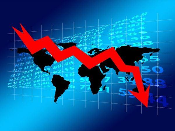 Closing Bell : शेयर बाजार में गिरावट, सेंसेक्स 134 अंक गिरा