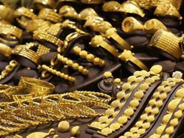 सस्ता हुआ सोना, चांदी में भी बड़ी गिरावट