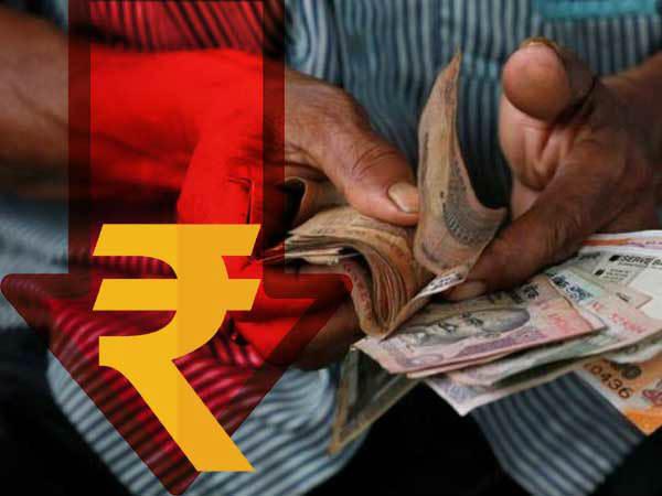 आज रुपये के मुकाबले डॉलर 20 पैसे मजबूत खुला