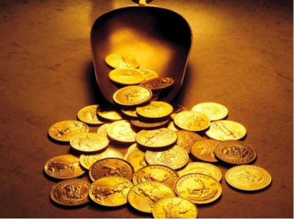 Gold : नौवीं पूजा के दिन खरीदें 6 हजार रु से कम में गोल्ड क्वाइन और पेंडेंट