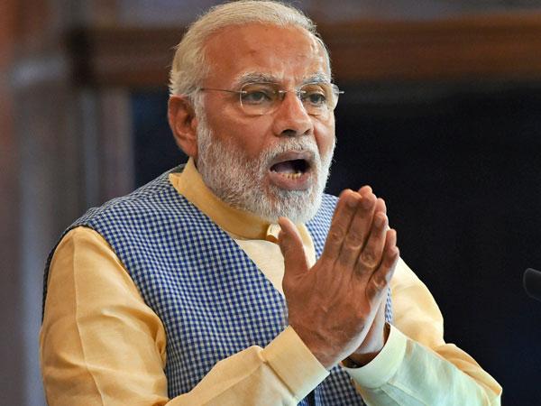 स्वनिधि योजना : PM Modi बोले, अब बैंक जा रहे गरीबों के दरवाजे पर