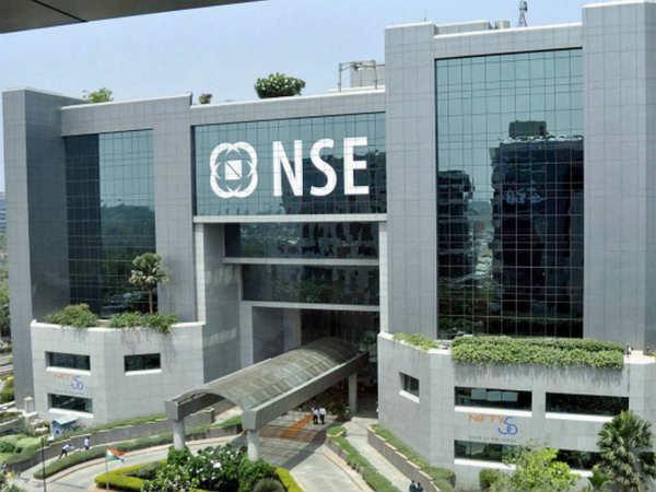 Lakshmi Vilas Bank : शेयर ट्रेडिंग आज से हुई सस्पेंड, जानें अब क्या करें