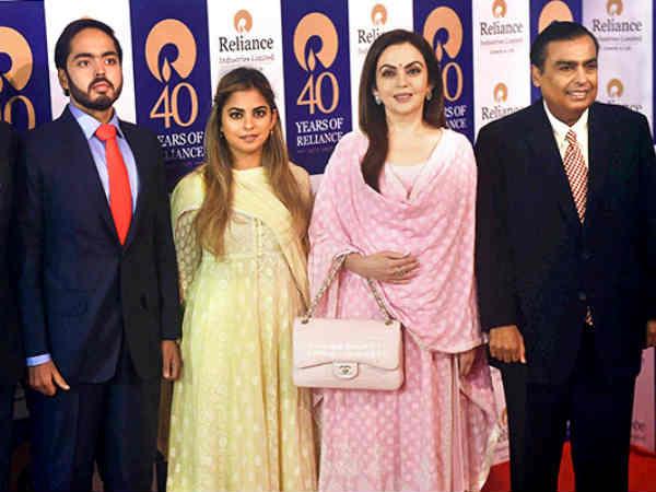 एशिया के सबसे अमीर परिवारों में Mukesh Ambani का परिवार है अव्वल, जानिए कुल संपत्ति