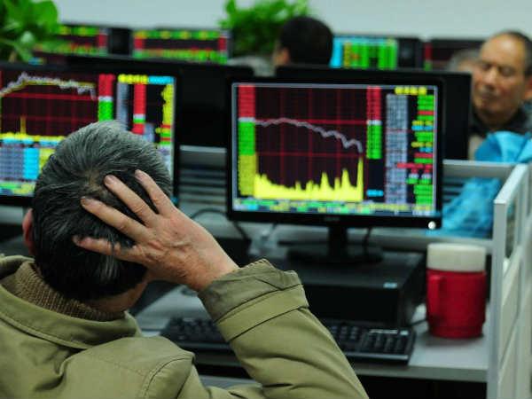 Sensex में भारी गिरावट, 1500 अंक से ज्यादा का गोता लगाया
