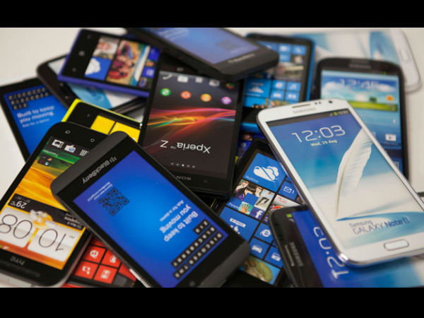 बजेट 2021: मोबाइल फोन महाग होईल