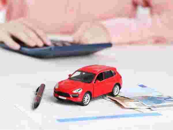 आपण सेकंड हँड कारसाठी कर्जासाठी देखील अर्ज करू शकता