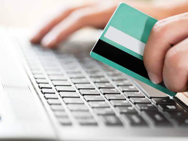 एटीएम कार्ड वापरताना या गोष्टी लक्षात ठेवा