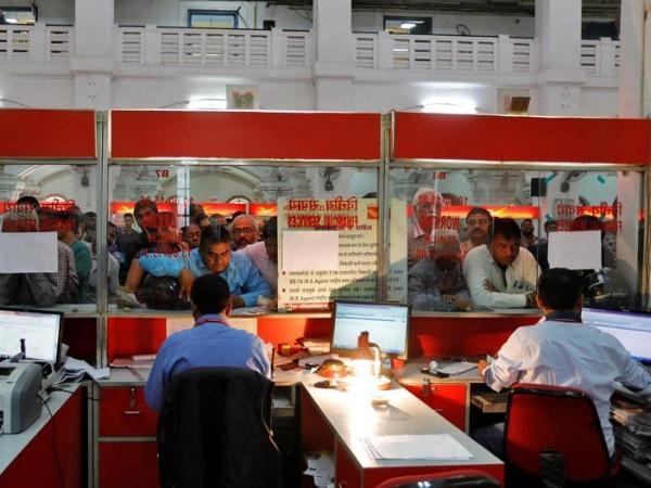 पोस्ट ऑफिसमध्ये बचत खाते 500 रुपयांना उघडते