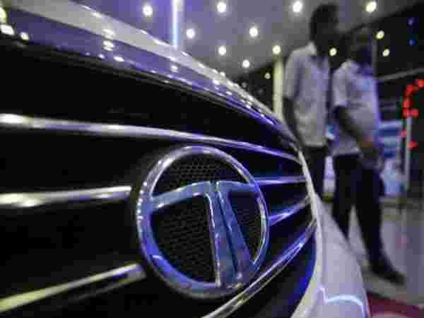 मोठी बातमी: टाटा मोटर्सच्या गाड्या उद्यापासून महागड्या होतील
